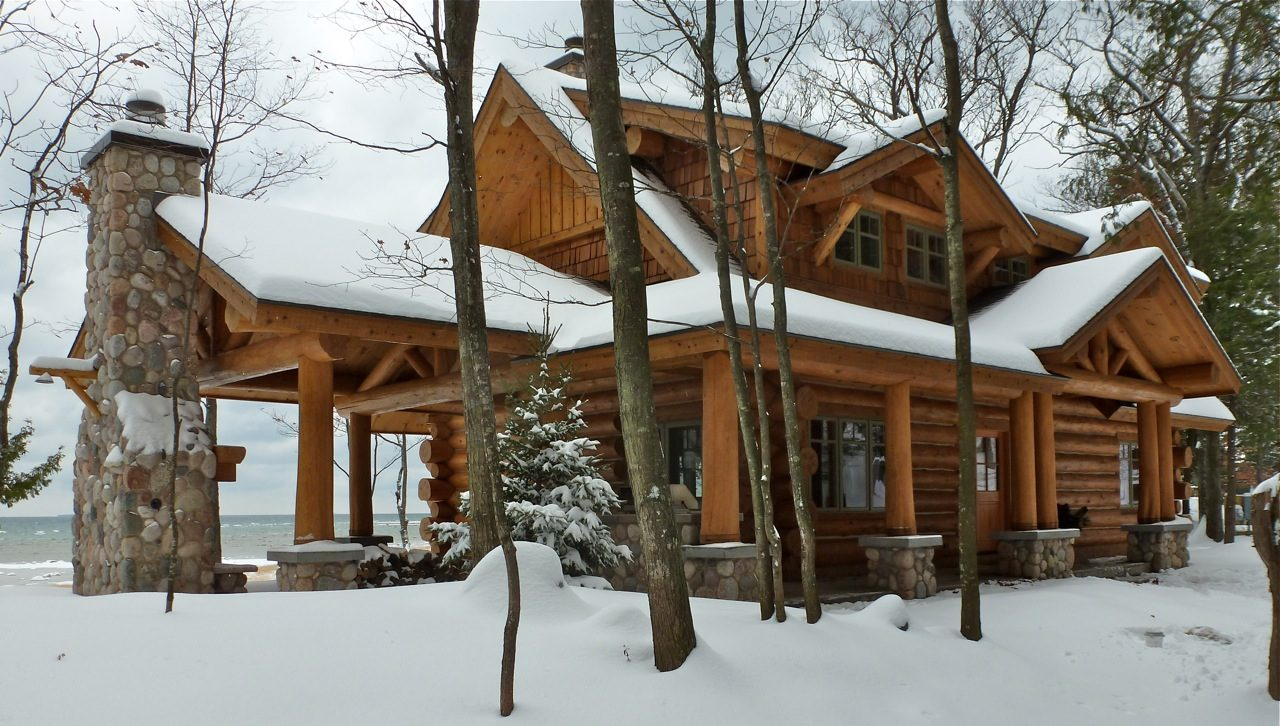 TIMBER WOLF HANDCRAFTED LOG HOMES
